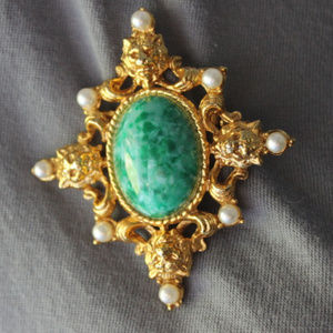 Green Lion Brooch Vintage Faux Jade